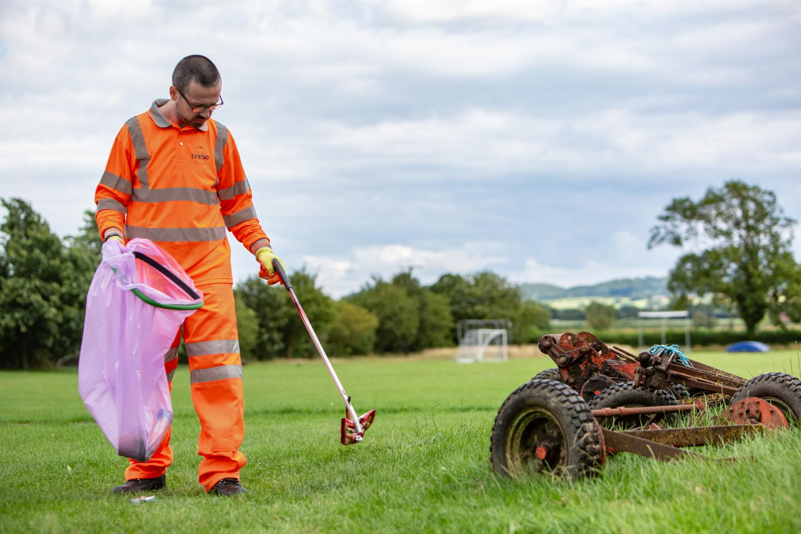 Commercial Photography Ground Maintenance - Blanc Creative